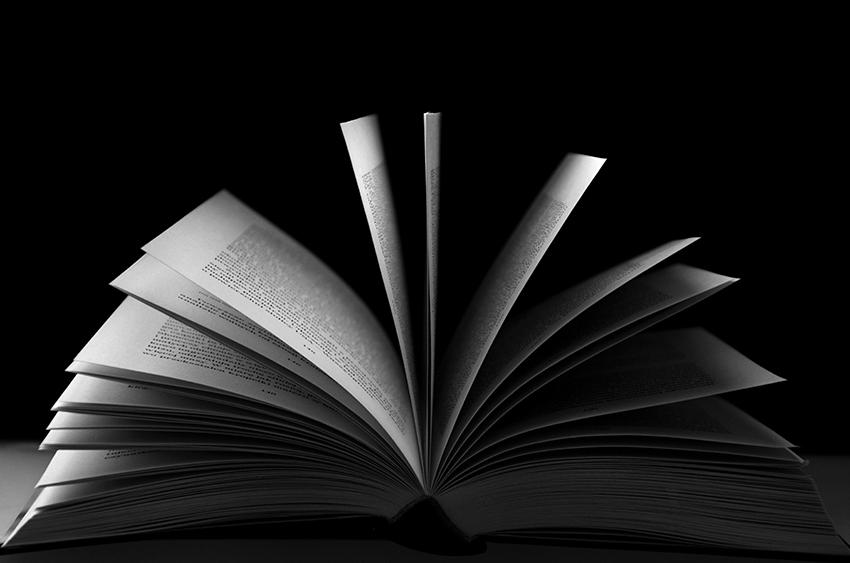 libro_aperto_bn
